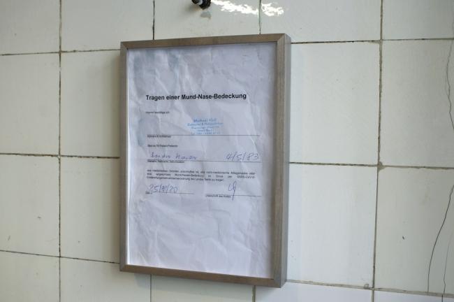 """Sandra Hauser, """"Psychosomatik"""", 2020, framed document, 31 x 23 cm, """"Hauser & Bürgel spielen Lockdown"""", Galerie Sandra Bürgel, Berlin Nov 2020"""