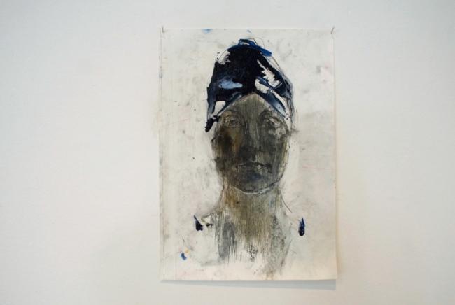 Klaus Winichner, Doris (1.7.2021), 2021, Graphit, Pigment (Anthrachinonblau), Mohnöl auf Leinwand 35 x 25 cm, Galerie Sandra Bürgel, Berlin